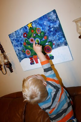A DIY Christmas on a budget – a Funky Christmas Tree Painting