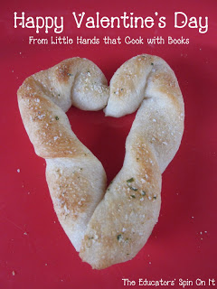 Little Hands that Cook with Books: Heart Themed Recipes