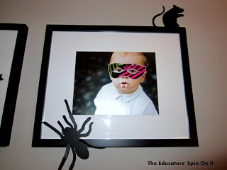 Decorate your pictures for a Halloween playdate