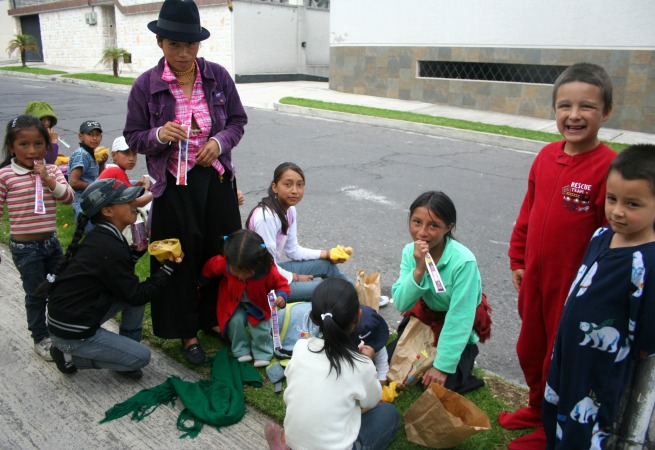 Community Outreach at Christmas with Brown Bag Meals