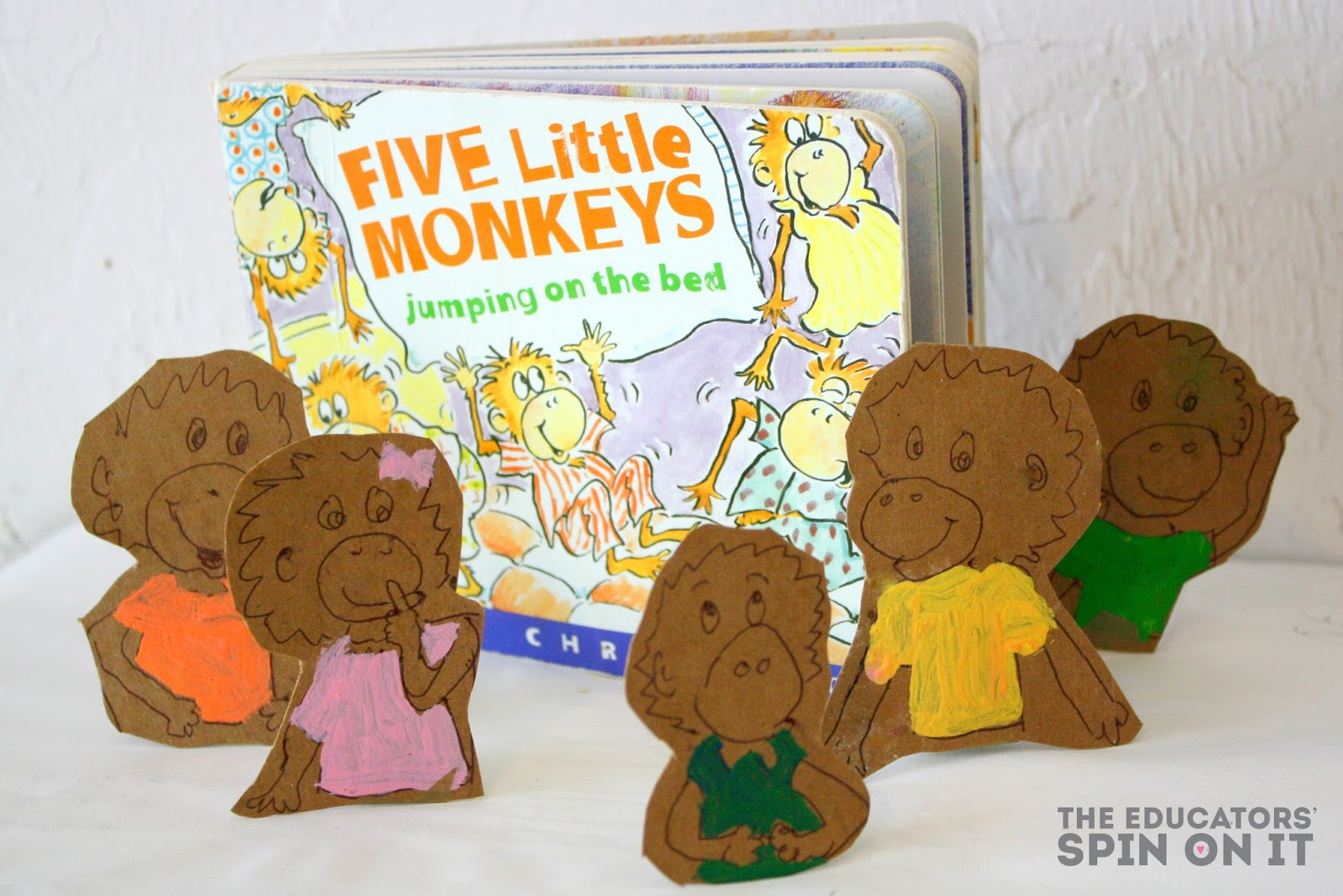 Five Little Monkeys Book and Activity #ECO #crafts #puppets