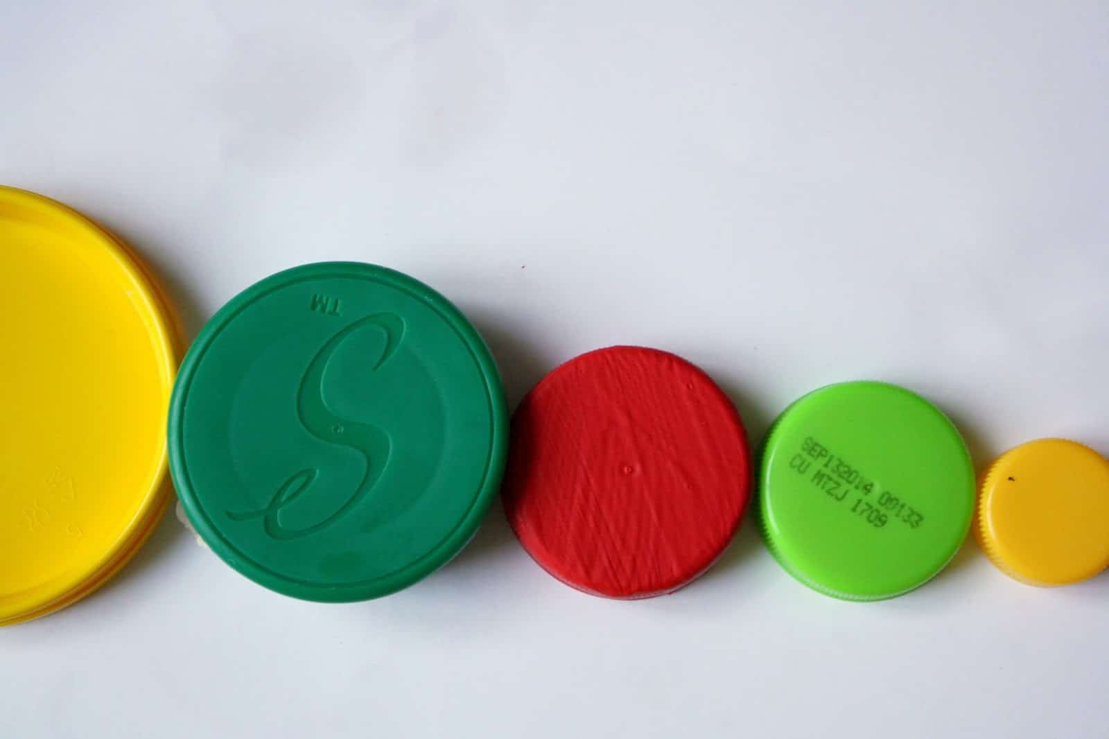 Preschool Activities for Math: Ordering lids by size