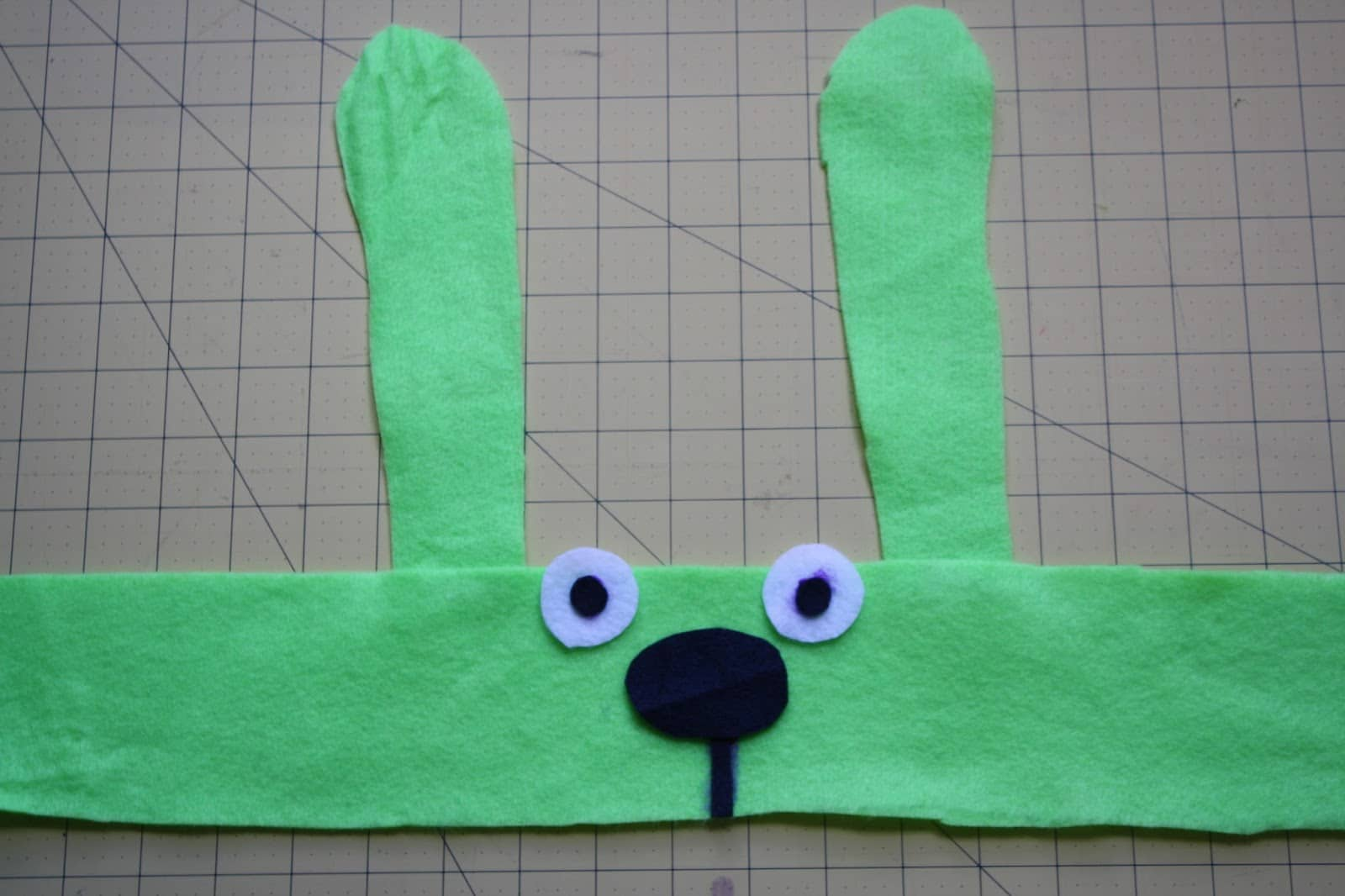 Step 3, assemble the bunny headband