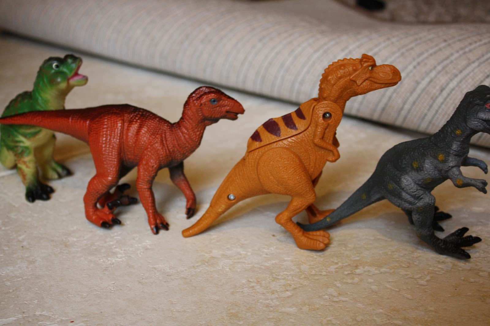 dinosaur activities for preschool learning and play