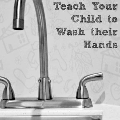 How to Teach My Child How to Wash their Hands #PLAYfulpreschool