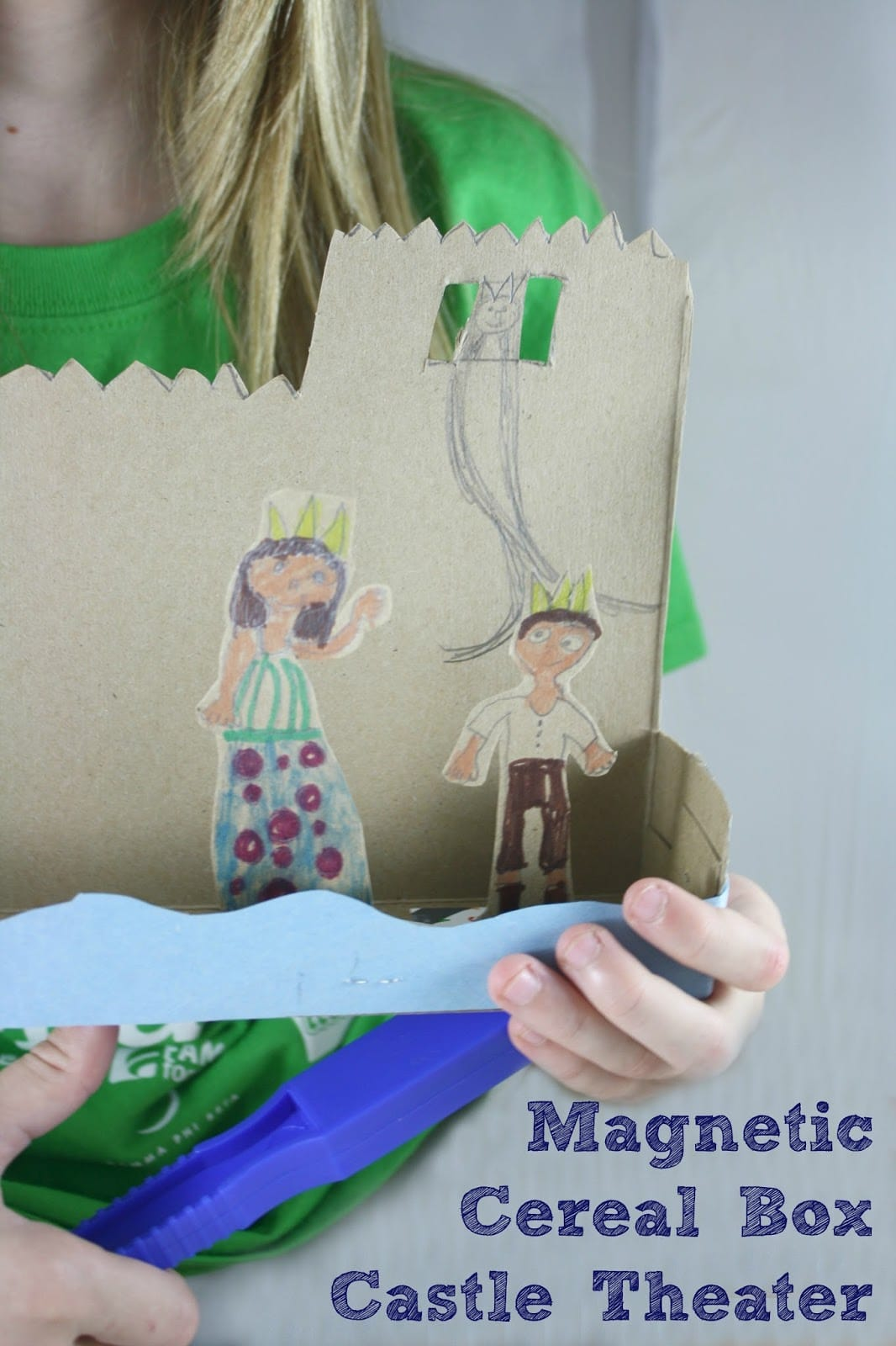 Invite children to create their own stories with this Magnetic Cereal Box Castle Theater, an eco-craft that ties in science and literacy.
