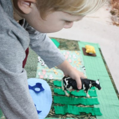 DIY Farm Pretend Play Mat