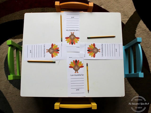 Thanksgiving writing station: I am thankful for
