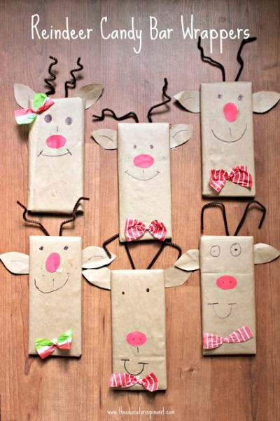 Chocolate bars wrapped in brown paper to look like reindeers for gift idea