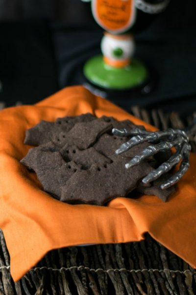 DIY Bats and Cats Chocolate Graham Crackers for Kids to Make and Eat