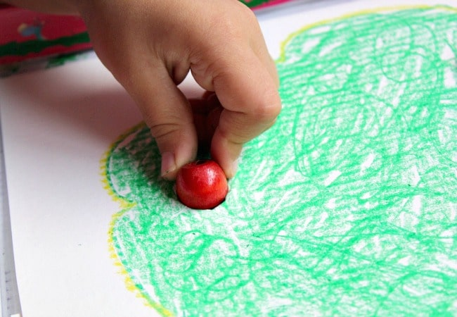 fine-motor-apple-game-for-kids