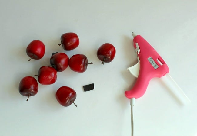 Making magnetic apple game for kids