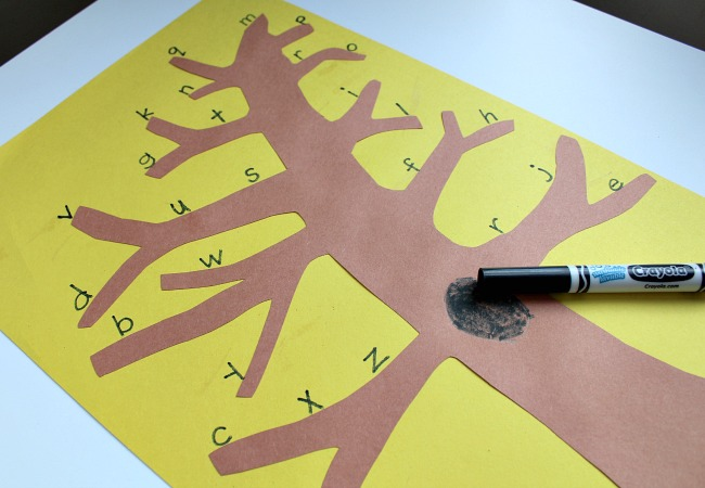 Making an Alphabet Tree for Owl Babies