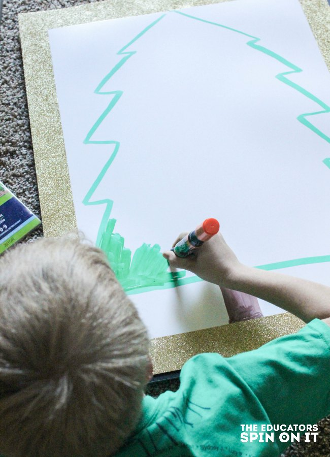 Christmas Tree Alphabet Recognition Activity for Kids : A fun way to practice letter naming for kids learning to read. Literacy activity for kids