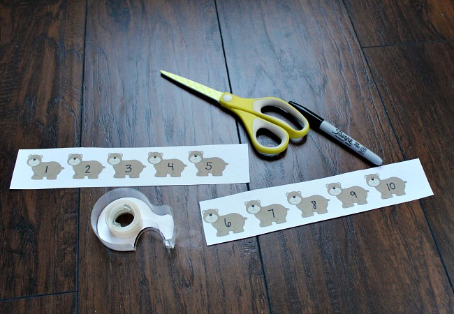 Making a Number Line for Preschooler with Bear theme