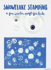 Snowflake stamping - the perfect winter craft for kids of all ages