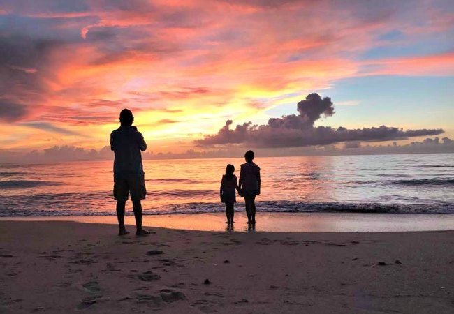Sunrise with Kids for Summer Bucket List Idea