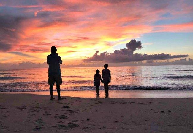 Sunrise with Kids for Summer Bucket List Idea
