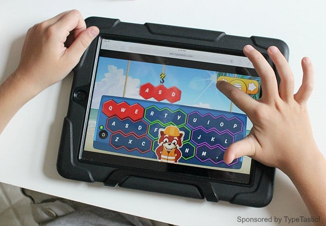 Teaching Kids How to Type with game based learning. TypeTastic! typing game