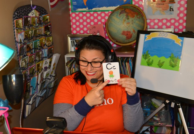 VIPKID Teacher Example Lesson Online with Student in China